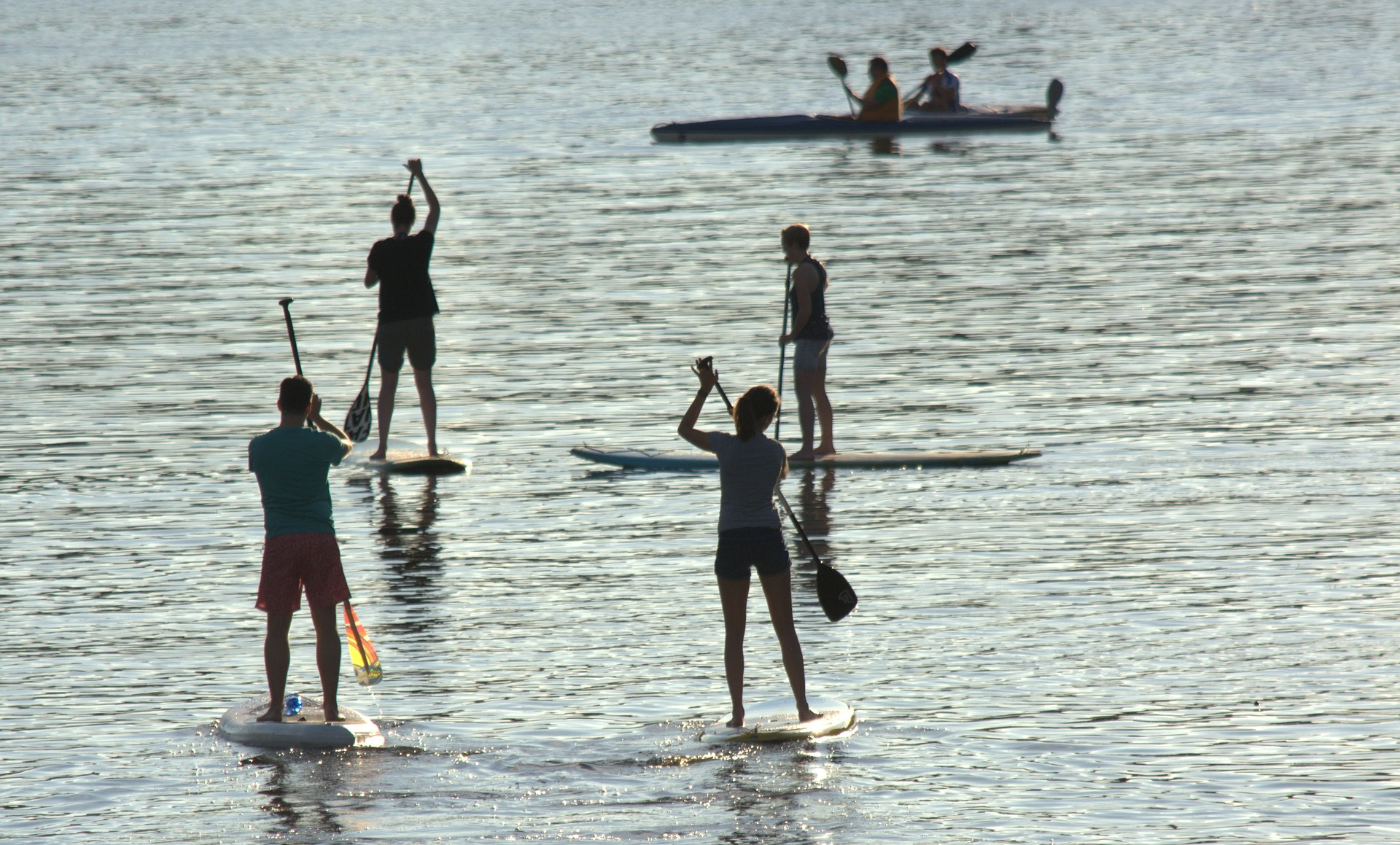 5 bonnes raisons de se mettre au stand up paddle