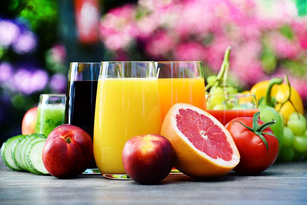 Comment bien consommer les jus de fruits et de légumes?