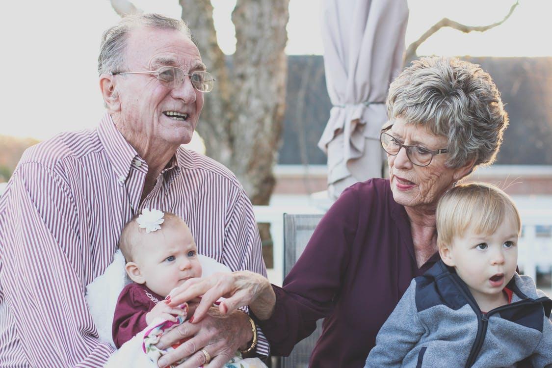 La téléassistance pour personne âgée qu'est-ce-que c'est ?
