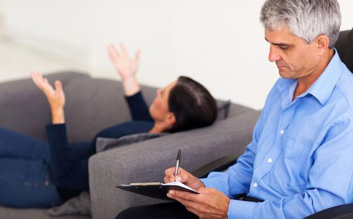 Prévenir un épuisement professionnel en consultant un psychologue