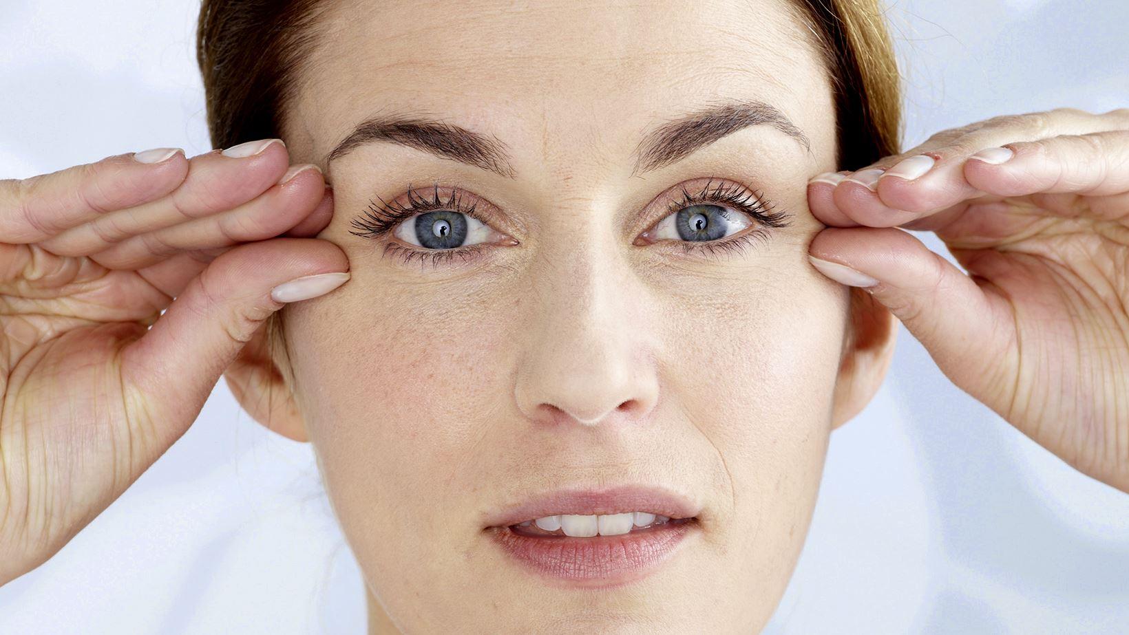 Le massage des yeux, l'essentiel à savoir