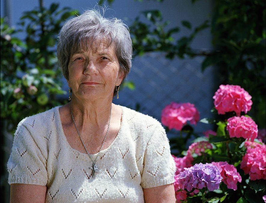Personnes âgées :  les solutions pour rester à domicile