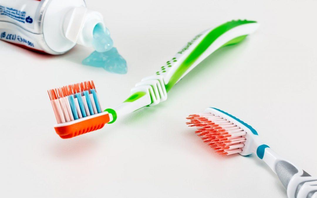 Les avantages des brosses à dents à poils souples
